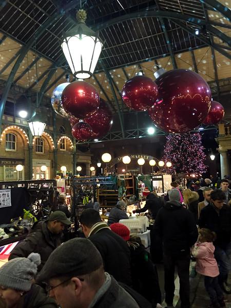 Xmas market -Covent garden