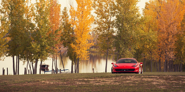 Ferrari 458 Italia in the Fall