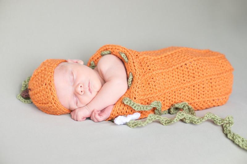 Beckett Newborn-54.jpg