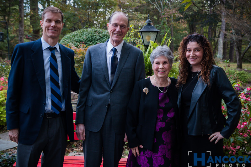 Bill and Beth von Holle 50th-33.jpg