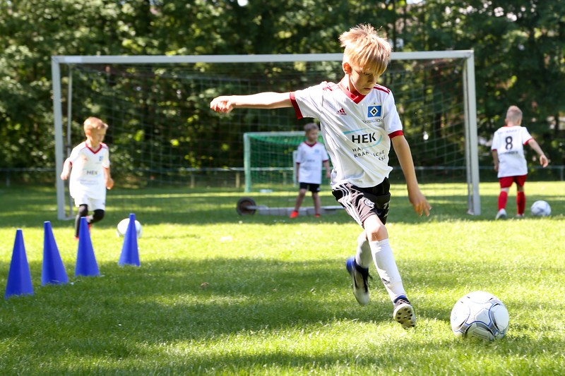 hsv_fussballschule-118_48047990558_o.jpg