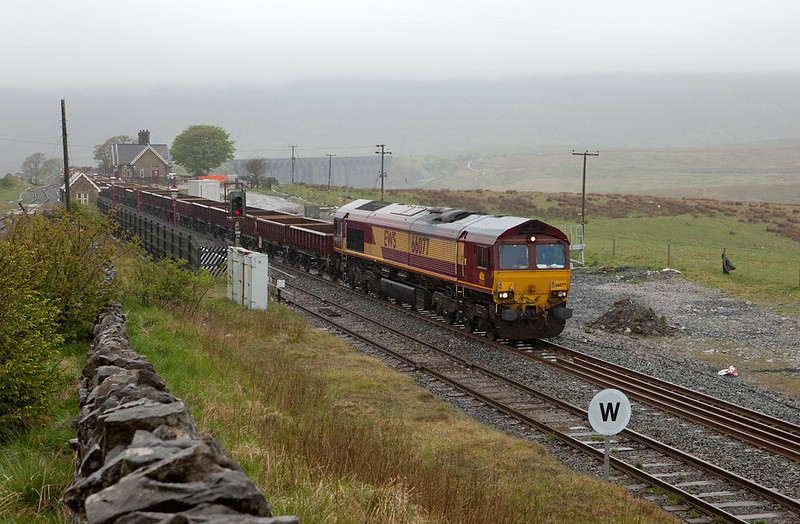 EWS 66077 with the 6K05 12:26 Carlisle yard - Crewe Basford Hall Departmental in Ribblehead.