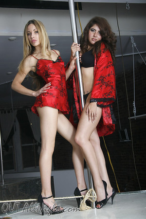 Nicole & Heidi