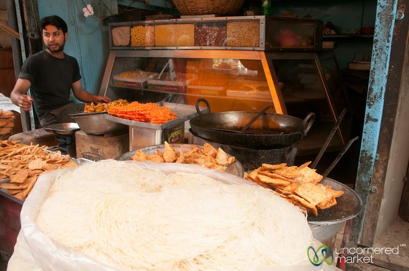 Srinagar Fried Snacks and Street Food - Kashmir, India