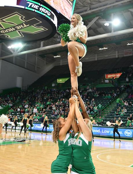 cheerleaders6660.jpg