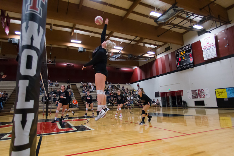 20181018-Tualatin Volleyball vs Canby-0348.jpg