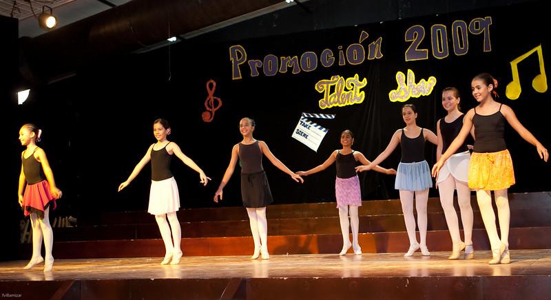 Talent Show 2009 - Las Esclavas