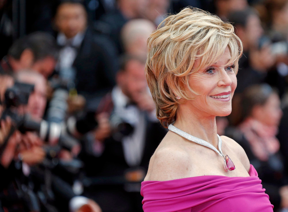 ". Actress Jane Fonda poses on the red carpet as she arrives for the screening of the film ""Inside Llewyn Davis\"" in competition during the 66th Cannes Film Festival in Cannes May 19, 2013.  REUTERS/Jean-Paul Pelissier"