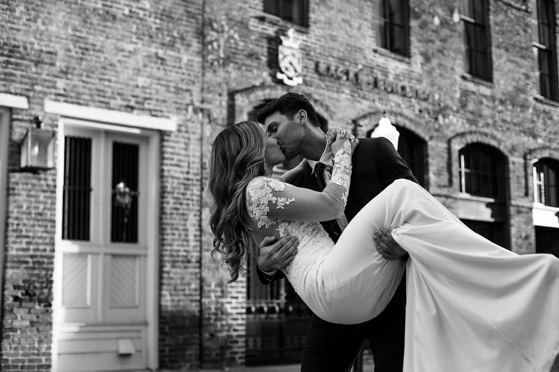 Kate&Josh_B&W_ZACH.WATHEN.PHOTOGRAPHER-413.jpg