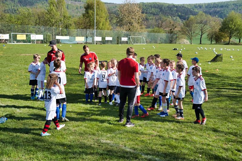 hsv-fussballschule---wochendendcamp-hannm-am-22-und-23042019-c-29_32787653087_o.jpg