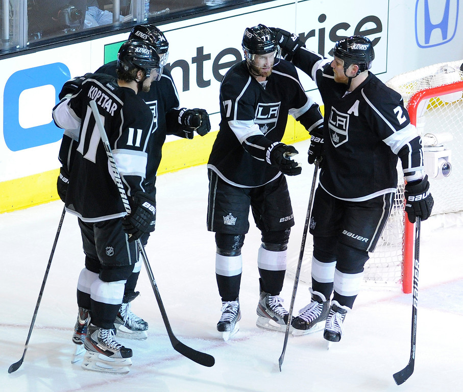 . The Kings celebrate an empty net goal scored by Kings#74 Dwight King in the 3rd period. The Kings defeated the Chicago Blackhawks in the 3-1 in the 3rd game of the Western Conference Finals. Los Angeles, CA 6/4/2013(John McCoy/LA Daily News4