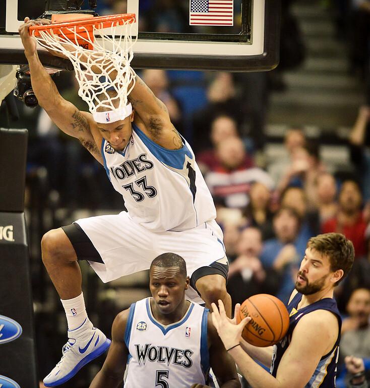. Minnesota Timberwolves power forward Dante Cunningham dunks in the second half. (Pioneer Press: Ben Garvin)