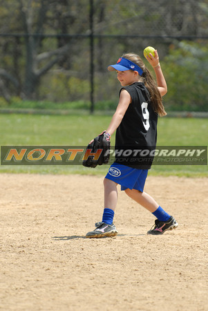 5/7/2011 (9-10 yrs old) The Bandits vs Mets