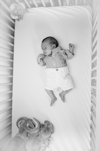 bwwwnewport_babies_photography_two_months_old-7518-1.jpg