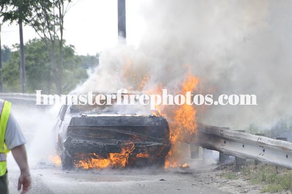 JFD & SFD LIE CAR FIRE 7-17-12