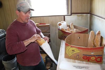 Free Bread from Padora's Italian Bakery, Tamaqua (4-28-2014)