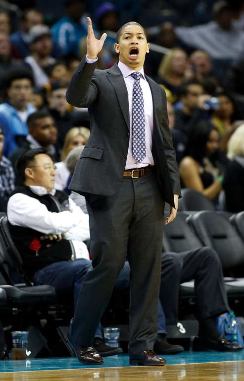 . Cleveland Cavaliers coach Tyronn Lue talks to his players during the second half of an NBA basketball game against the Charlotte Hornets on Wednesday, Feb. 3, 2016 in Charlotte, N.C. Charlotte won 106-97. (AP Photo/Nell Redmond)