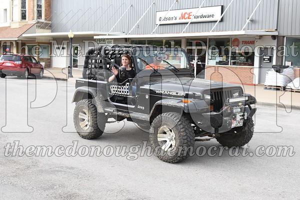 Jeep Blitz Saturday Parade To Jenny Wren Club 05-26-18