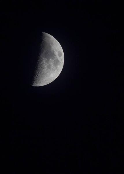 Moon-4303.jpg