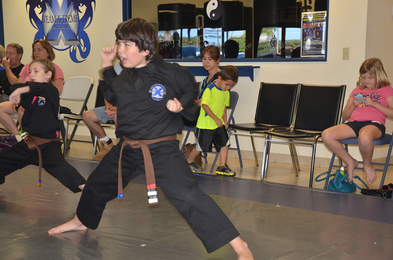 2012 12 15 Red Belt MMA 062.JPG