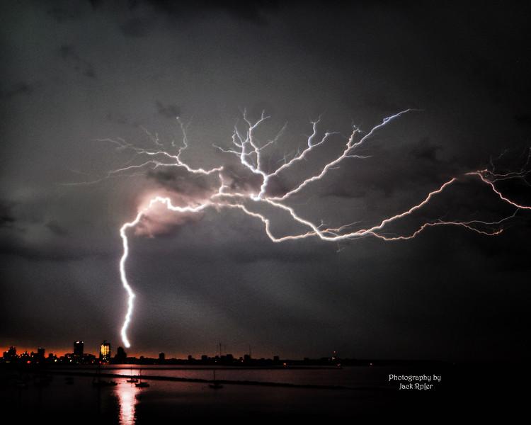 ! Lightningbolt t 7-21- 2016        8266.jpg