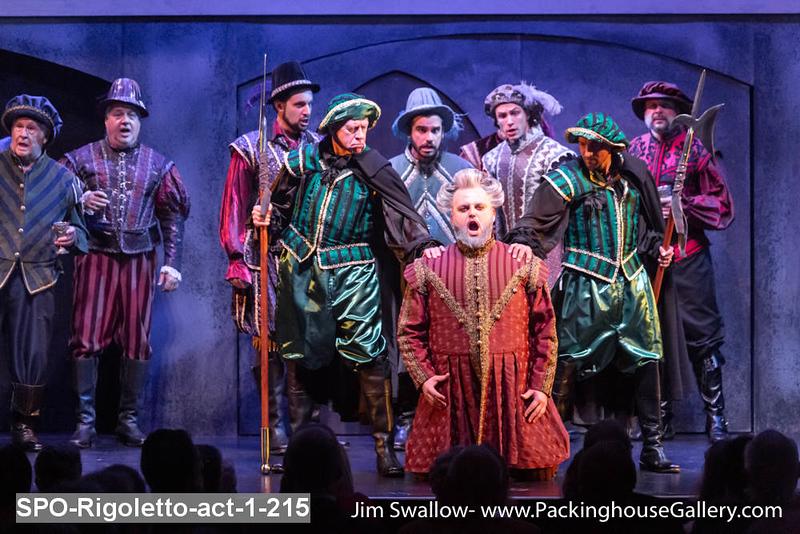 SPO-Rigoletto-act-1-215.jpg