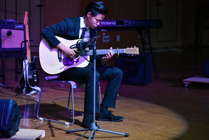 Grade 11 -IBDP Music Recitals-YIS_1011-2018-19.jpg
