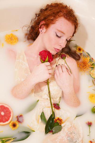 2020-11-23 Hannah milk bath7047-Edit.jpg