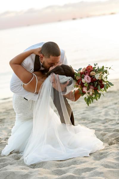 Anastasia-Ryan-3-Newlyweds-28.jpg
