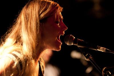 2010.11.25 : Marnie Stern live at Hoxton Square Bar