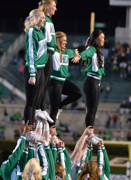 cheerleaders1551.jpg