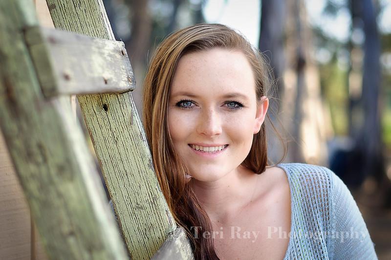 Rachel V. - Senior Portraits