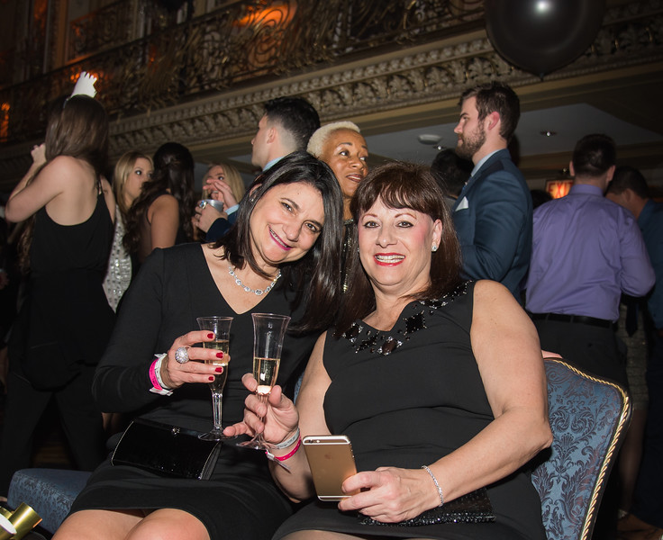 New Year's Eve Soiree at Hilton Chicago 2016 (249).jpg