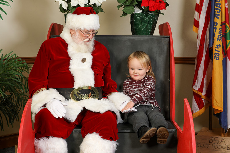 TBTP 2019 Photos with Santa-12.JPG