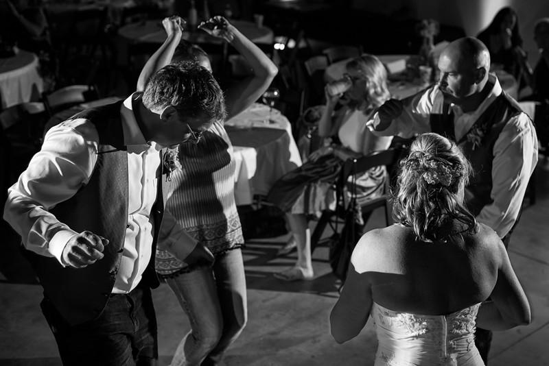 Butler_Wedding_Photography_The_Millbottom_Jefferson_City_MO_-42.jpg