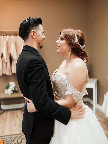 Alexandria Vail Photography Wedgewood Fresno Wedding Alexis   Dezmen292.jpg