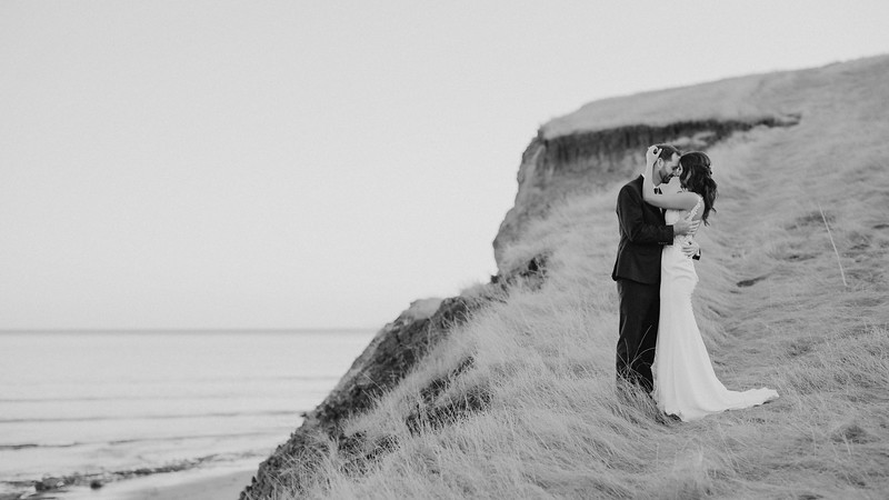 Jenn&Trevor_MarriedB&W579.JPG