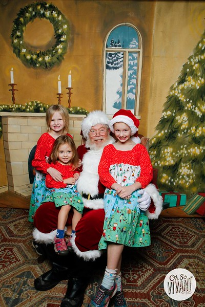 Pictures with Santa @Earthbound 12.1.2018-058.jpg