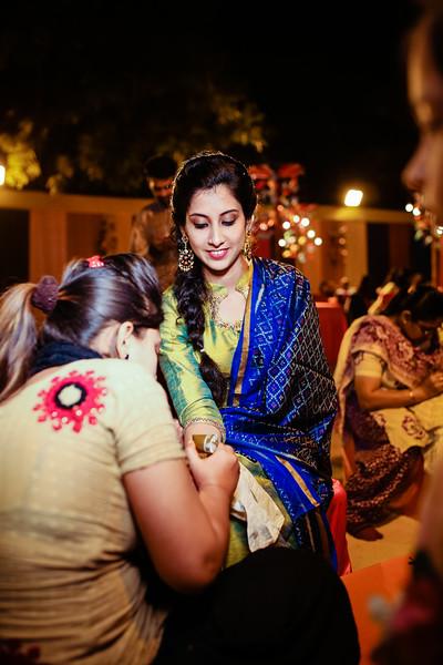 Candid Wedding Photographer Ahmedabad-1-28.jpg