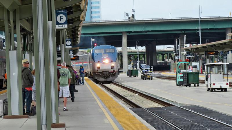 5 Days 4 Nights on 3 Amtrak Trains