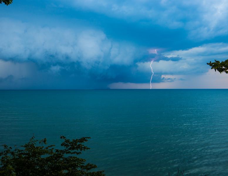 Sunsets and lightnig storms-23.jpg