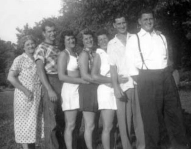Conrad Family2.JPG