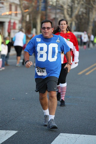 Toms River Police Jingle Bell Race 2015 - 01241.JPG