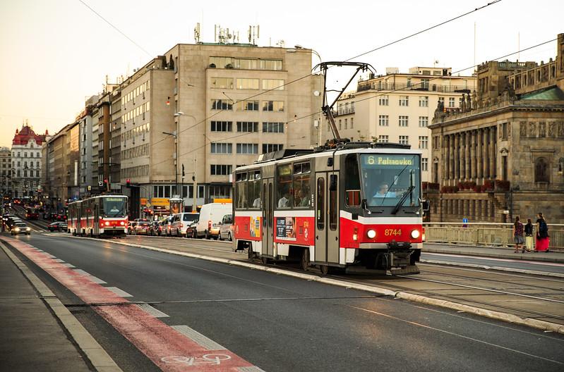 prag tram-1.jpg