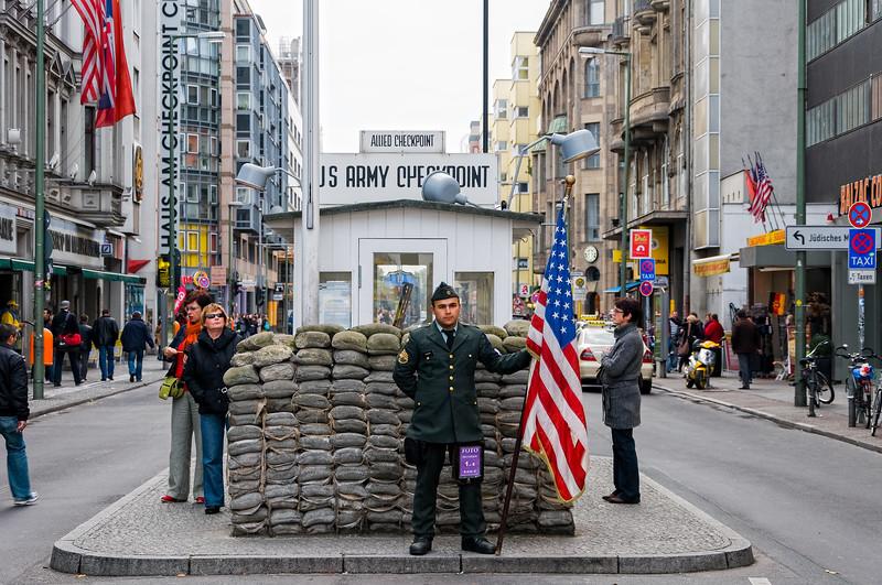 Berlijn_West Berlijn & Stasi gevangenis_26102009-5.jpg