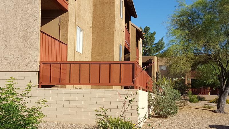 T.V. apt balcony2.jpg
