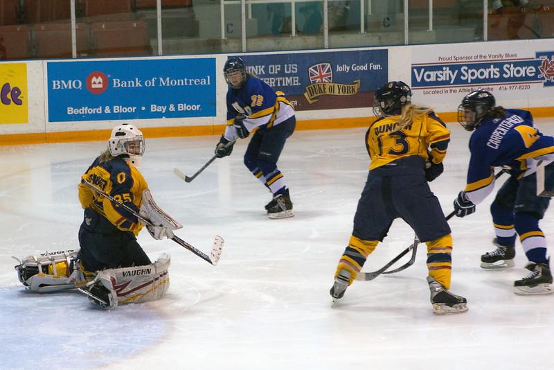 20130310 QWHockeyvsUBC 631.jpg