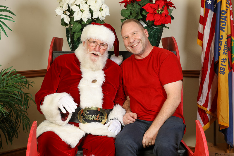 TBTP 2019 Photos with Santa-118.JPG