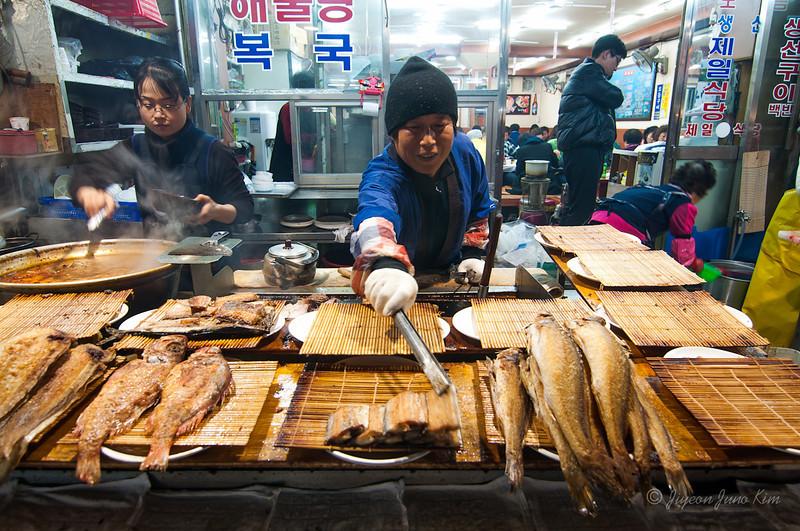 Grilled Fish man at Jagalchi Sijang (Jagalchi Market)