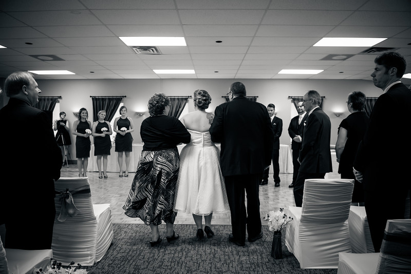 EDITS - Ryan and Lindsey Wedding 2014-460.jpg